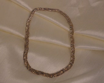 Vintage Gold and Silver Tone necklace