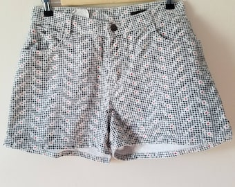 Vintage High-Waisted Shorts / Vintage Shorts / Printed Shorts / High-Waist Shorts