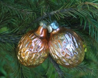 Vintage Christmas ornaments small ornaments walnuts ornaments vintage nut ornament Orange ornament winter home decor figural nut decoration
