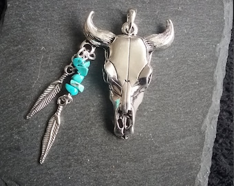 Large Native American Style Antique Silver Bull Skull & Turquoise Gemstone Pendant