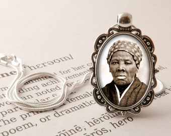 Harriet Tubman Pendant Necklace - Heroine Necklace, Feminist Jewelry, Civil Rights Pendant, Harriet Tubman Gift, Women's History Jewellery,
