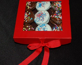 Chocolate Dipped Oreos Gift Box