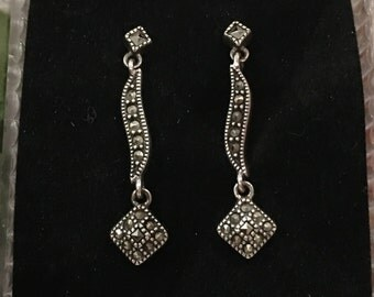 Absolutely Beautiful Vintage RETRO Style Sterling Silver Post-Dangle & Drop Earrings- Beautiful MARCASITES All over-Elegant 3.4cm Drop