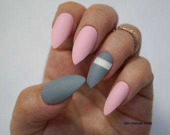 Grey Stiletto Nails, Pink Stiletto Nails, Fake Nails, False Nails, Acrylic Nails, Press on Nails, Kylie Jenner, Matte Stiletto nails, Nails