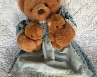 Vintage Russ Berrie A Mother's Love Teddy Bear - Momma bear with cubs - Plush # 363