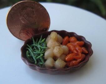 Dollhouse Miniature Mixed Vegetable Platter