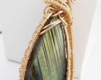 Wire Wrapped Labradorite Pendant, Wire wrapped Necklace, Labradorite Pendant