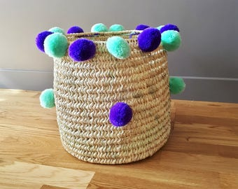 Basket wicker and PomPoms - handmade