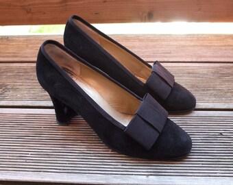 YSL VELVET PUMPS · Yves Saint Laurent · 38,5 / Us 7,5 / Uk 5,5 ·Vintage Shoes ·Leather Pumps
