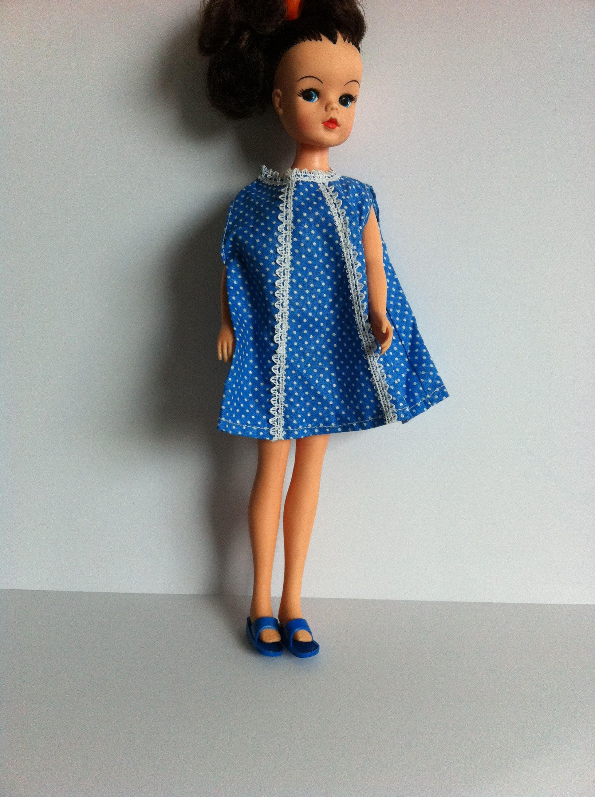 vintage sindy doll clothes blue mix and match sandals blue