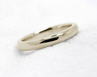 2 mm 10k 14k 18k Gold Simple Wedding Band, Classic Gold Wedding Ring, Wedding band for Men, Wedding band for women, Thin Gold band, 0018