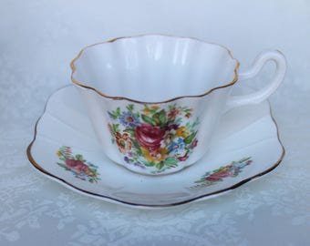 Scalloped Floral Tea Cup and Saucer, English Bone China Teacup and Saucer, Royal Stuart Spencer Stevenson Tea Duo