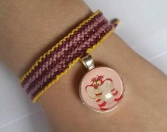 Cheshire Cat inspired friendship bracelet