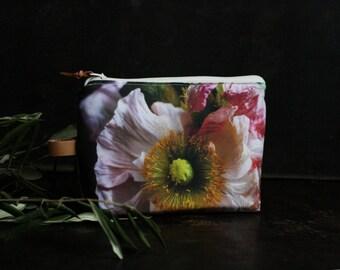 Cosmetic bag with flower print, zipper pouch, pencil case, make up bag, gift for her, Kosmetiktäschchen, Blumentasche, clutch, flower bag,