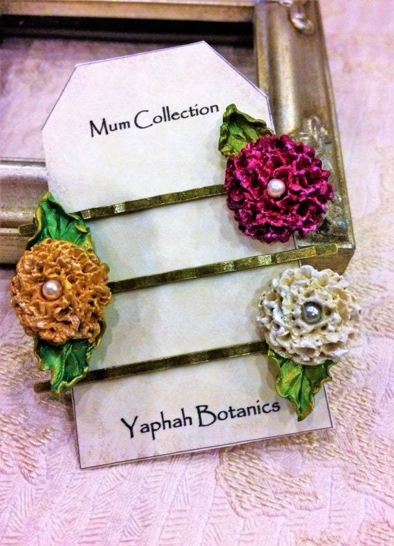 Mum Flower Bobby Pin Set, Botanical Hairpins