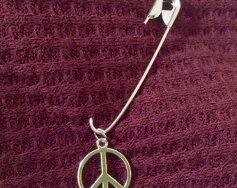 Unity Safety Pin - Peace Sign Charm - silver tone
