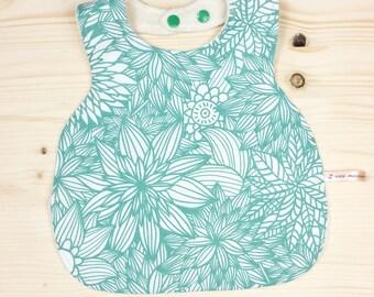 2nd Baby bib green flowery age