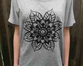 Hand Drawn Flower Design - Light Grey