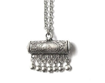 Ethnic Pendant Necklace (clearance item)