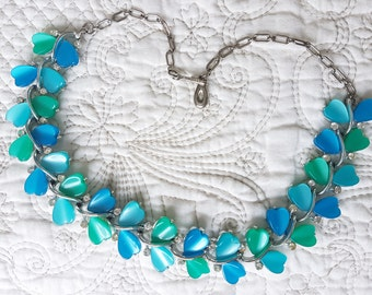Gorgeous Vintage Lisner Necklace - blues and greens - hearts and crystals. Thermoset and rhinestones
