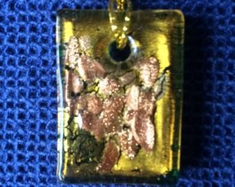 Gold Glass Rectangle Pendant 35x25 mm