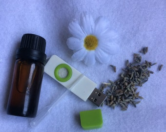 USB Aromatherapy Diffuser + Essential Oil Blend
