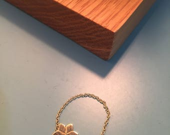 18k gold chain ring - flower Amaryllis