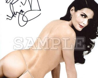 Angie Harmon signed 8x10 Autograph RP - Great Gift Idea!! - Ready to Frame and Display photo picture