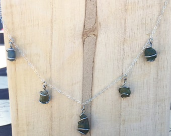 dangle stone neckalce