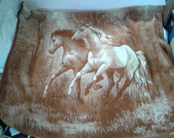 Vintage Blanket Reversible Horse Print Blanket 6'x6'