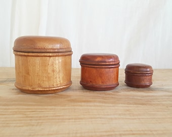 vintage wood nestle boxes | round wood containers | box with lid|  vintage home decor | trinket box | set of 3