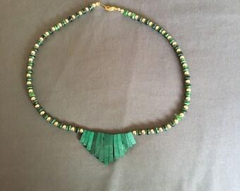 Malachite fan design necklace
