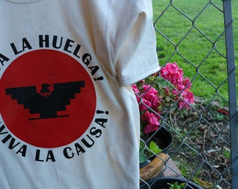 Cesar Chavez Huelga Tee