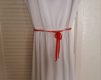 tangerine/white, med/large dress