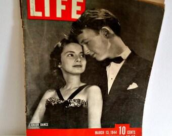 I241 - Vintage Life Magazine March 13 1944