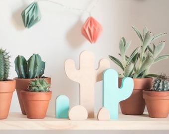 """""""Cactus"""" wooden figures"""