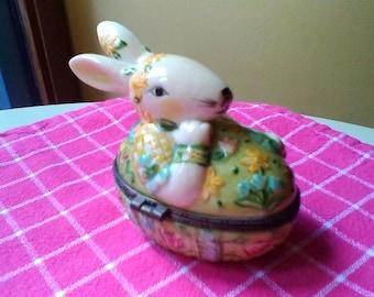 Rabbit Trinket Box - vintage Villeroy & Boch