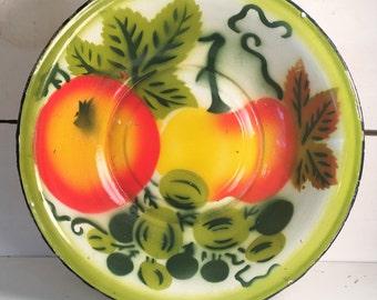 Beautiful Fruit Designed Vintage Enamleware Large Bowl/Farmhouse Kitchen Enamelware Fruit Bowl/Shabby Chic Kitchen Enamelware Fruit Bowl