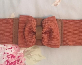 Vintage brown bow belt