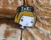 Miss Mouse - enamel pin 1 inch