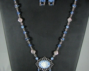 Rose Necklace in Blue and White with Earrings