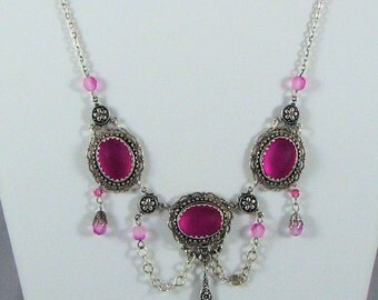 Victorian Necklace in Pink and Silver with matching Earrings