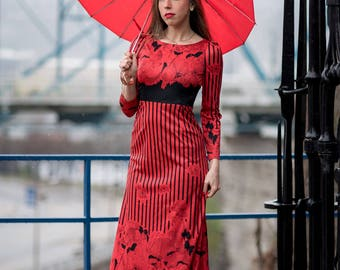 Vintage Red And Black Maxi Dress JAPAN (Size Small)