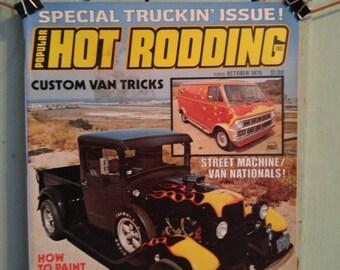 Popular Hot Rodding magazine Special Truckin Issue Oct 1975 Customized Pickup Trucks Conversion Vans Custom Van Tricks Ford Chevy Dodge