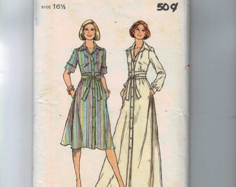 1980s Vintage Sewing Pattern Butterick 4698 Misses Button Front Shirtwaist Dress Plus Half Size 16 1/2 Bust 39 UNCUT