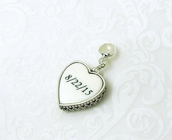 Heart pendant, Photo Pendant, Personalized Keepsake, Bouquet Photo Memorial - FBC14P