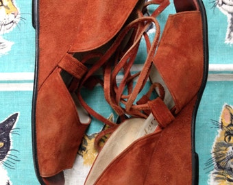 Vintage 1970's Famolare rusty red suede lace up wedges square toe 7 B Famolare Silene