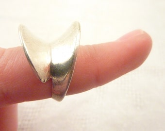 Modernist Sterling Silver High Profile Abstract Size 7 Ring Made in Israel
