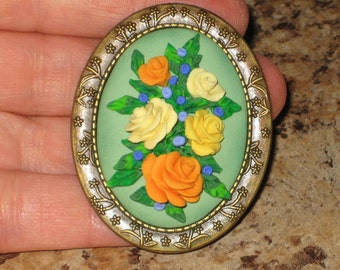 Yellow Victorian Roses Vintage Style Antique Brooch Lapel Pin