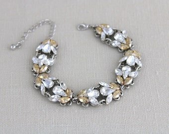 Crystal Bridal bracelet, Swarovski Wedding bracelet, Bridal jewelry, Rhinestone bracelet, Vintage style bracelet, Champagne crystal bracelet